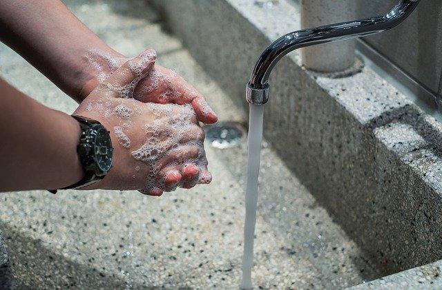 除菌対策で手荒れする人が増えている!